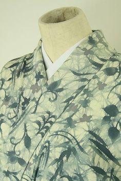 Ivory komon / アイボリー地 ろうけつ染め風抽象花柄 小紋   #Kimono #Japan  http://www.rakuten.co.jp/aiyama/