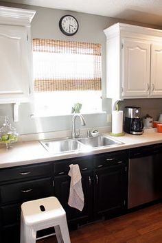 Black Lower And White Upper Kitchen Cabinets kitchens dark lower light upper   kitchen the contrast of black