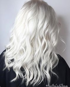 @therealcindyth0ngs created the most gorgeous icy blonde. To use Olaplex is to love Olaplex! #platinum #blonde #healthyhair #olaplex