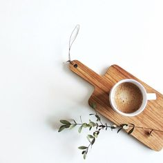 Do You Love Coffee? Try These Brewing Tips - Ultimate Coffee Cup But First Coffee, I Love Coffee, Coffee Break, My Coffee, Morning Coffee, Coffee Scrub, Coffee Signs, Coffee Creamer, Black Coffee