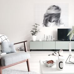black&white IXXI, fits perfectly in this Scandinavian detailed interior
