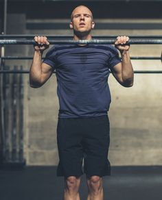 Raise the bar Athletic Men, Athletic Outfits, Sport Outfits, Sport Fashion, Mens Fashion, Workout Pictures, Sport Body, Face Characters, Fitness Photography