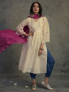 Off White Mirror Work Gathered Chanderi Kurta with Blue Cotton Jogger and Magenta - Set of 3 Casual Indian Fashion, Indian Fashion Dresses, Indian Designer Outfits, Indian Outfits, Fashion Outfits, Designer Dresses, Muslim Fashion, Ethnic Fashion, Fashion Weeks