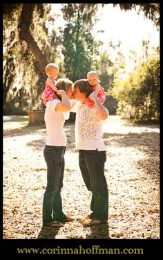 Photo by Cory Hoffman Twin Baby Photos, Twin Pictures, Sibling Photos, Twin Toddler Photography, Children Photography, Summer Family Photos, Fall Family Pictures, Best Photo Poses, Picture Poses