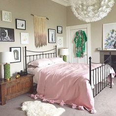 Eye-catching bedroom
