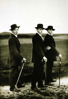 Farmers Dressed in Sunday Best, August Sander        Is this how farmers dress in Idaho?