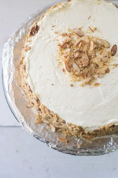 Coined America's best cake, Burnt Almond Torte Cake has sweet layers of cake, with almond custard, Italian meringue and coated with almond brittle all over. Köstliche Desserts, Best Dessert Recipes, Sweet Recipes, Delicious Desserts, Cake Recipes, Food Deserts, Candy Cakes, Cupcake Cakes, Cupcakes