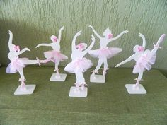 Enfeite de mesa em MDF com bailarinas recortadas e decoradas. Ideal para centro de mesa de convidados ou enfeite de mesa. Pode ser pintada e decorada em outras cores. R$ 17,00 Ballerina Birthday Parties, 5th Birthday Party Ideas, Ballerina Party, Ballerina Nursery, Chocolate Decorations, Birthday Design, Autumn Activities, Party Favors, Favours