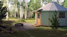 DIY Wood Yurt Kits for Sale. The Yurt Cabin is a comfortable, durable & affordable alternative structure for a variety of uses. Tiny Houses For Sale, Little Houses, Mini Houses, Small Prefab Homes, Tiny Homes, Yurt Home, Loft Plan, Shelter Design, Cabins In The Woods