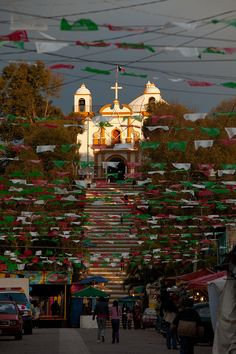✭ Steps leading to the Iglesia of Guadalupe during the Fiesta de Virgin