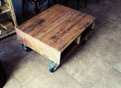 Coffe table with pallets.