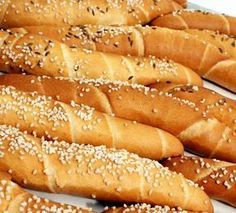 pivní rohlíky Pasta Cake, Bread Recipes, Cooking Recipes, Good Food, Yummy Food, Czech Recipes, Fresh Bread, Bread Rolls, How To Make Bread