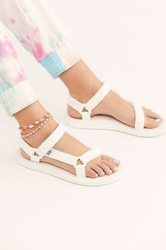 Or some Teva sandals as a timeless option you can use in tough terrain and *will* last awhile. 30 Things That'll Spring Clean Your Wardrobe Sneakers Fashion, Fashion Shoes, Fashion Black, Clogs, Teva Original Universal, Girls Shoes, Shoes Women, Ladies Shoes, Women Sandals