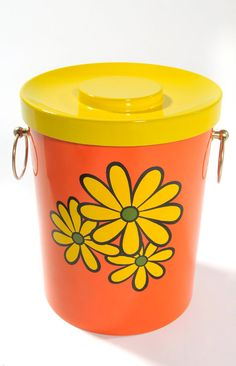Mod 1970s Orange and Yellow Floral Daisy Ice Bucket With Lid, Encino Nasco Product Barware