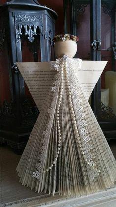 livre origami, ange fait de livres