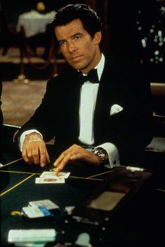 Pierce Brosnan as James Bond in GoldenEye(1995).