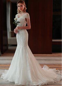 3c26c08aa1 Buy discount Junoesque Tulle  amp  Lace V-neck Neckline Mermaid Wedding  Dress With Beaded
