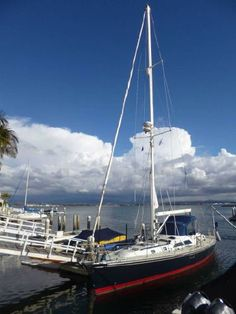 2000 Hylas 46 Center Cockpit Sailboat for Sale in San Diego, California - http://www.sandiegoyachtsales.com/2000-hylas-46-center-cockpit-sailboat-for-sale-in-san-diego-california/