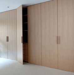 Expert Advice: Architects' 10 Favorite Closet Picks - The Organized Home Wardrobe Design, Built In Wardrobe, Room Interior, Interior Design Living Room, Muebles Living, Build A Closet, Bedroom Wardrobe, Master Bedroom, Custom Closets