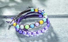 Bracelet en macramé ponctué de perles givrées - fiches créatives gratuites à télécharger ✓ Réalisation facile ✓