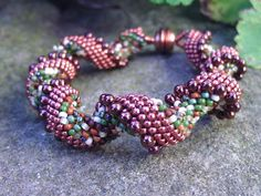 Indespiral by Sylvia Lupberger lusyl: Peyotearmband Bangles, Beaded Bracelets, Aleta, Ropes, Beadwork, Necklace Set, Seed Beads, Spiral, Ford
