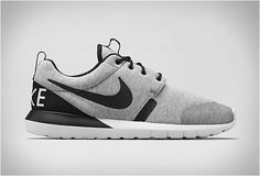 "Nike Roshe Run ""Tech Fleece"""