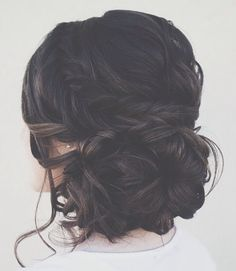 This is a gorgeous up do!