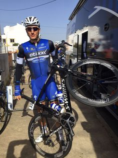 Marcel Kittel and his Iamspecialized Venge ViAS! Cycling Outfit, Cycling Clothing, Specialized Road Bikes, Marcel Kittel, Quick Step Flooring, Pro Cycling, Grand Tour, World Championship, Bicycle