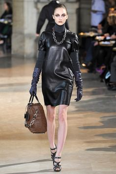 Loewe - Fall 2009 Ready-to-Wear - Look 5 of 37