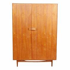 Eras: 1900s / 20th century Styles: Mid-Century, Scandinavian Style Materials: Wood, Teak designer - Kofoed-Larsen