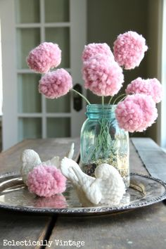 DIY #PomPom Flower Bouquet Tutorial - make these with a fork!