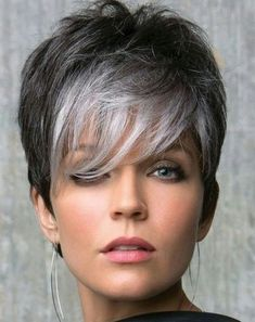 Silver Grey Hair Dye, Grey Wig, Natural Hair Growth, Natural Hair Styles, Short Hair Styles, Wedge Haircut, Cheap Lace Front Wigs, Lace Hair, Trending Hairstyles