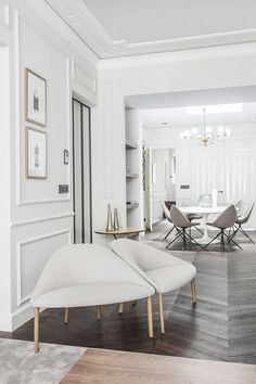 Here are some doable living room decor and interior design tips that will make your home cozy and comfortable for family and friends. Luxury Rooms, Luxury Homes Interior, Luxury Home Decor, Interior Exterior, Interior Design Tips, Luxury Apartments, Interior Doors, Design Ideas, Living Room Decor On A Budget