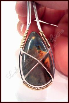 How To Wire Wrap a Stone - #Wire #Jewelry #Tutorials