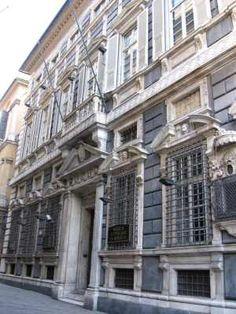 Palazzo Agostino Pallavicini - Via Garibaldi 1 -