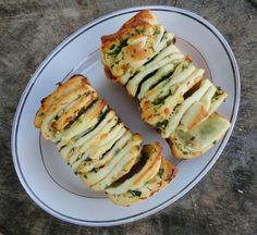 cheese & herb pull apart bread