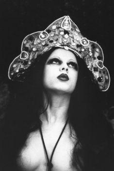 Dark Beauty, Boudoir Photography, White Photography, Fashion Photography, Mystique, Vintage Beauty, Gothic Fashion, Women's Fashion, Erotic Art