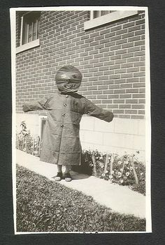 Creepy vintage Halloween from years past...