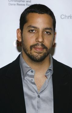 David Blaine White is an illusionist and endurance artist who is well known for his magic tricks and incredible feats of endurance. His father is of Puerto Rican and Italian descent, and his mother is of Russian Jewish ancestry.