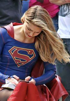 Melissa Supergirl, Supergirl Comic, Melissa Benoit, Comic Book Printing, Melissa Marie Benoist, Kristen Bell, The Flash, Greys Anatomy, Kara