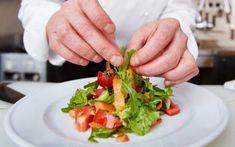 Altyd lus vir nog 'n happie? Keurig, Caprese Salad, Diet, Ethnic Recipes, Gluten, Van, Food, Essen, Meals