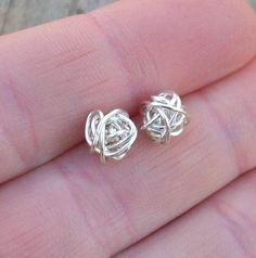 Wire knot earrings