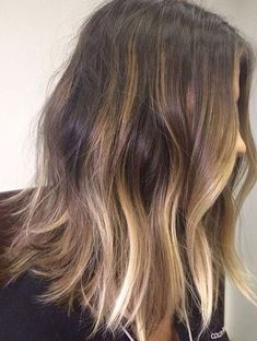Beautiful Hairstyles Ideas for Spring 2018 with Stylish Hair Color Trends