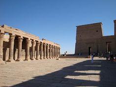 Egito: represa de Assuan e Templo de Philae #viajarcorrendo #represadeassuan #abusimbel #philae #filae #egito #egypt #nilo #nileriver #núbios