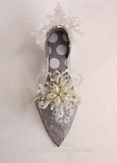 A Frosty Shoe by Jan Hobbins with Brenda Walton's Ballroom Slipper die for Sizzix