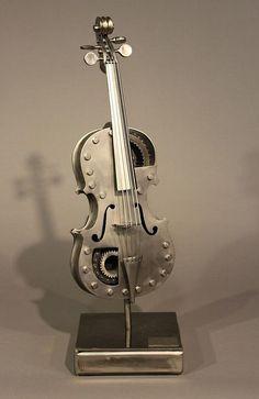 Violin @ Studio Nahemow Design