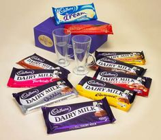 Cadbury chocolate: going back to the this English chocolate manufacturer was well ahead of his time English Chocolate, Sweet Like Chocolate, Cadbury Chocolate, Chocolate World, Chocolate Delight, Chocolate Heaven, Chocolate Bars, Chocolate Lovers, British Candy