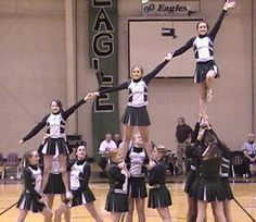 Fredericksburg Christian Eagles High School Cheerleader - Tree Extension