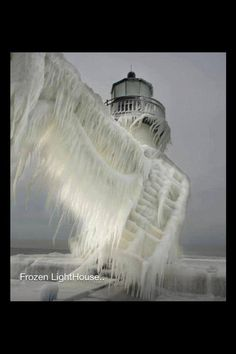 Lighthouses, this is just too cold!