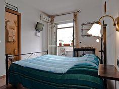 Soggiorno Madrid Florence Soggiorno Madrid is a comfortable bed and ...